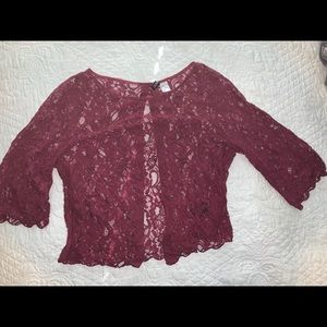 Maroon H&M lace top with buttons in back